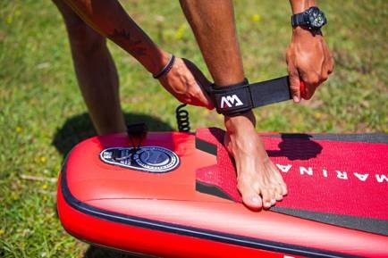 Aqua Marina smycz SUP Board Coil Leash 10' (2021)